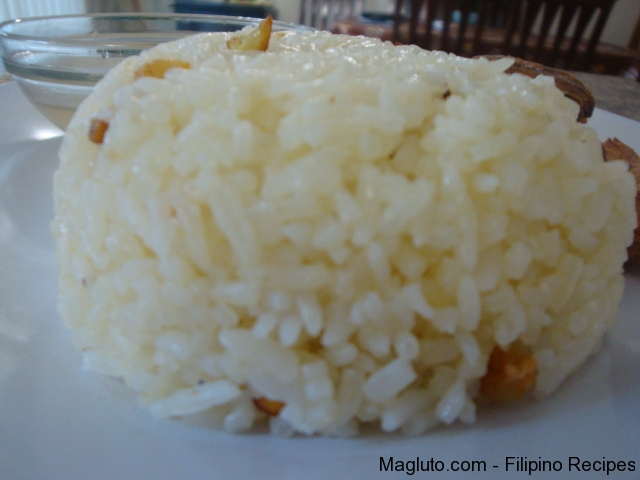 Filipino Recipe Garlic Fried Rice (Sinangag) | Magluto.com - Filipino ...