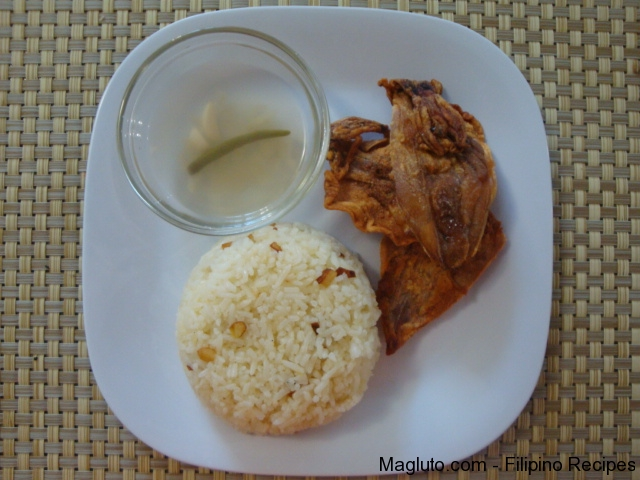 Filipino Recipe Pritong Daing na Pusit (Fried Dried Squid) | Magluto