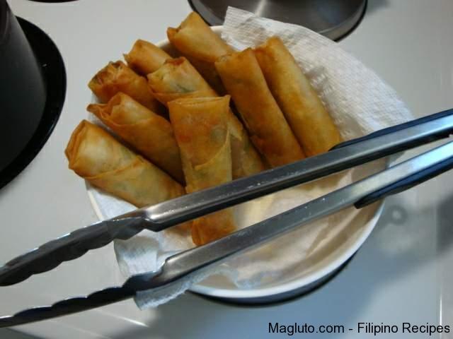 Filipino Recipe Vegetable Lumpia (Vegetable Egg Roll