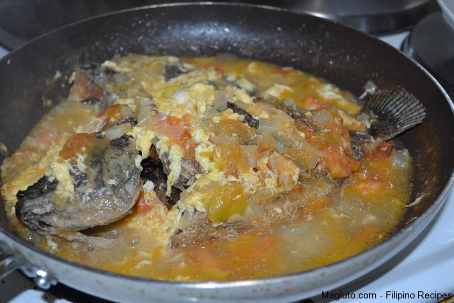 Filipino recipe sarciadong tilapia leftover magluto for Leftover fish recipes